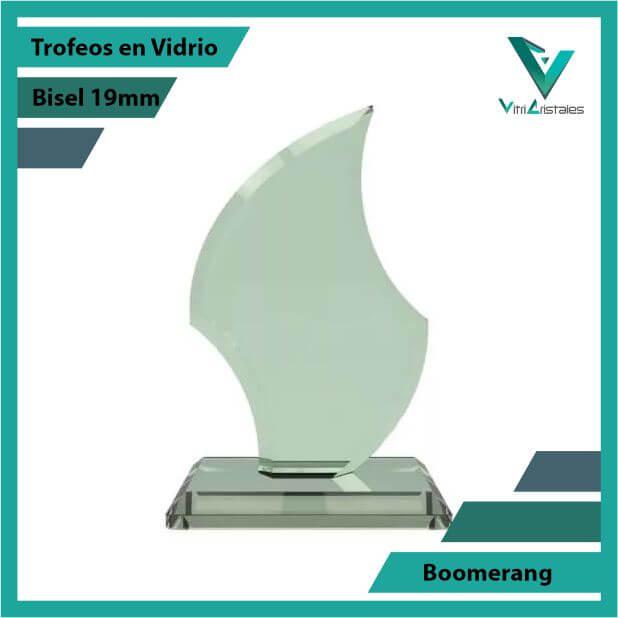 Trofeos en Vidrio Boomerang en grabado laser