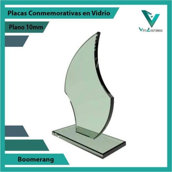 Placas Conmemorativas en Vidrio Boomerang personalizada con grabado laser