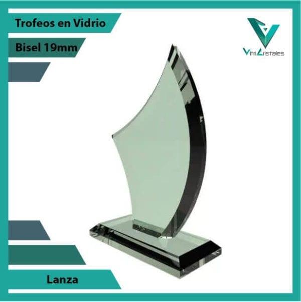 Trofeos en Vidrio Lanza personalizadas