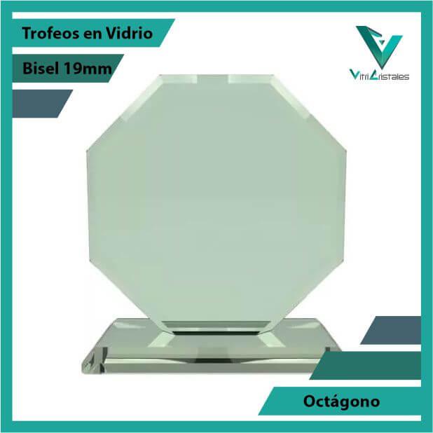 Trofeos en Vidrio Octágono en grabado laser