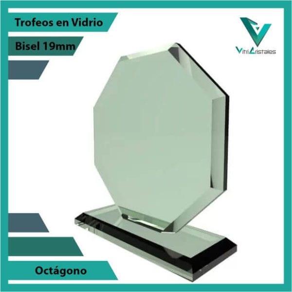 Trofeos en Vidrio Octágono personalizadas