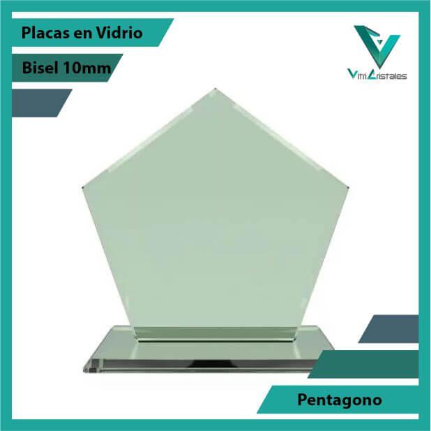 trofeos_en_vidrio_pentagono_pulido_bisel_10mm_vidrio_1.jpg