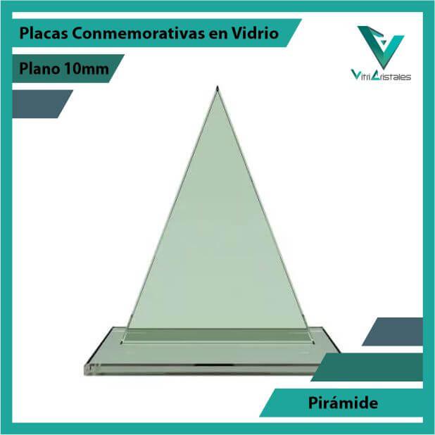 Placas Conmemorativas en Vidrio Pirámide en grabado laser