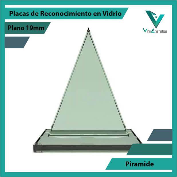 Placas de Reconocimiento en Vidrio Pirámide en grabado laser