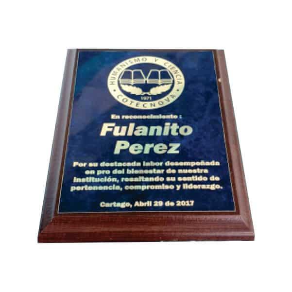 placa de reconocimiento en madera con bronce marmolizado laserable 1