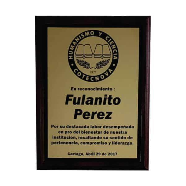 placa conmemorativa en madera con bronce laserable