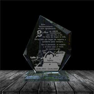 placa en vidrio para regalo de aniversario forma epsilon